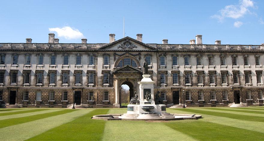 تحصیل در کالج کینگ لندن