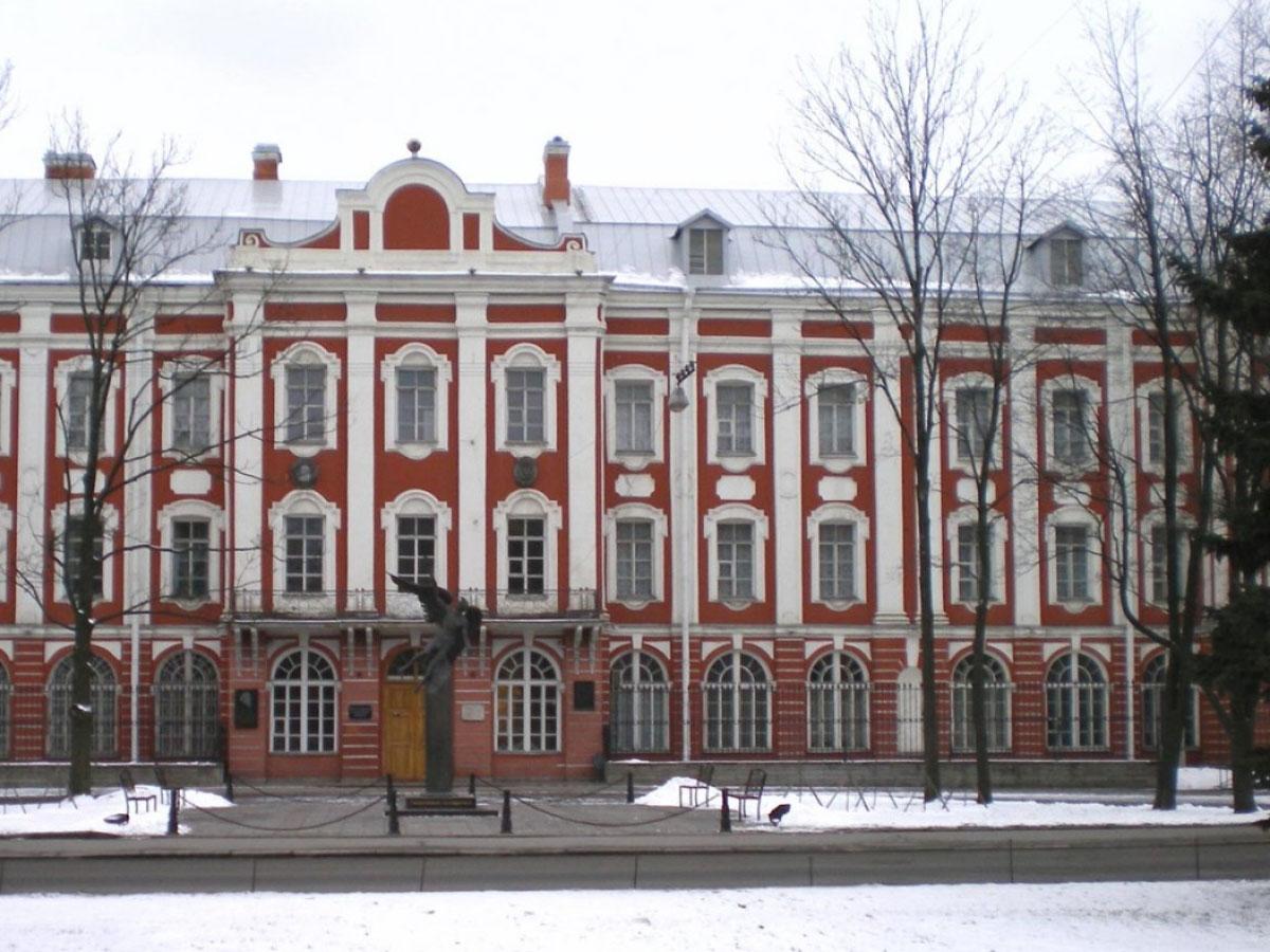دانشگاه دولتی سنپترزبورگ Saint Petersburg State University