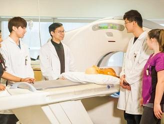 تحصیل رادیولوژی در خارج از کشور