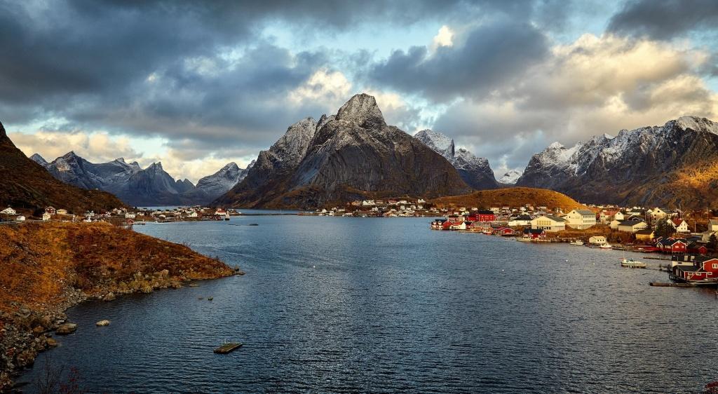 نروژ، Reine، سواحل نروژ